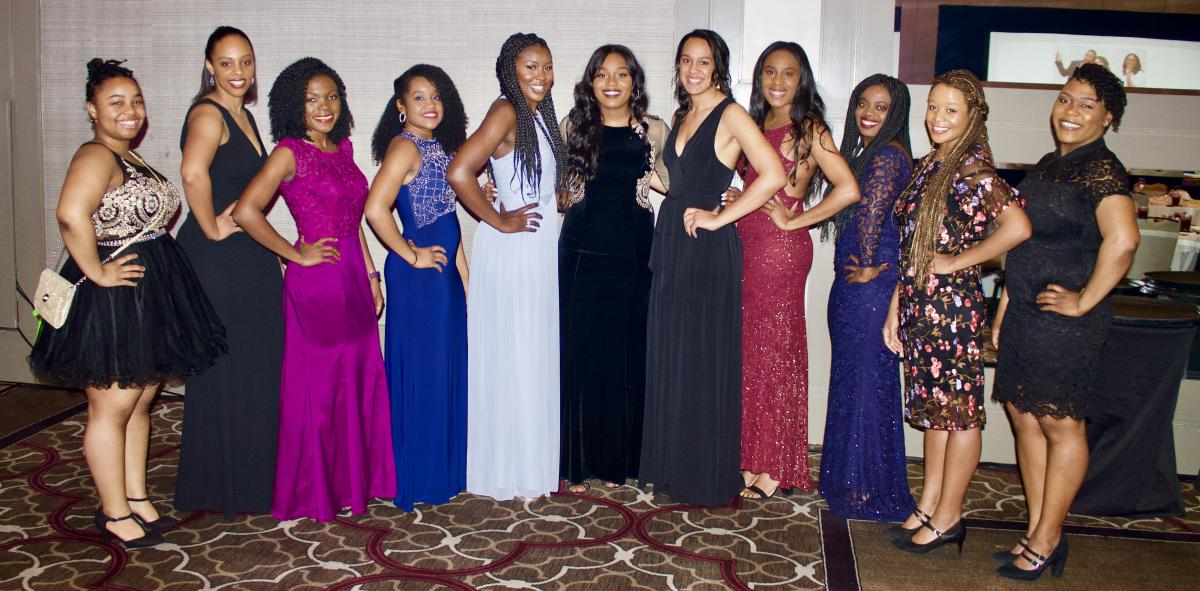 OU Law students at the Legends of SWBLSA Gala