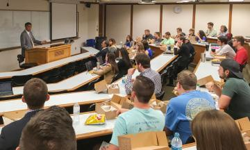 Vince Logan speaks to OU Law students