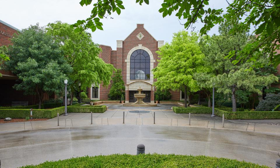 William J. Ross Courtyard at the OU College of Law